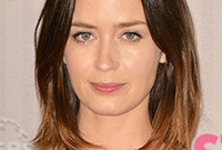 Emily-blunt-hairstyle-like-it-or-loathe-it-side